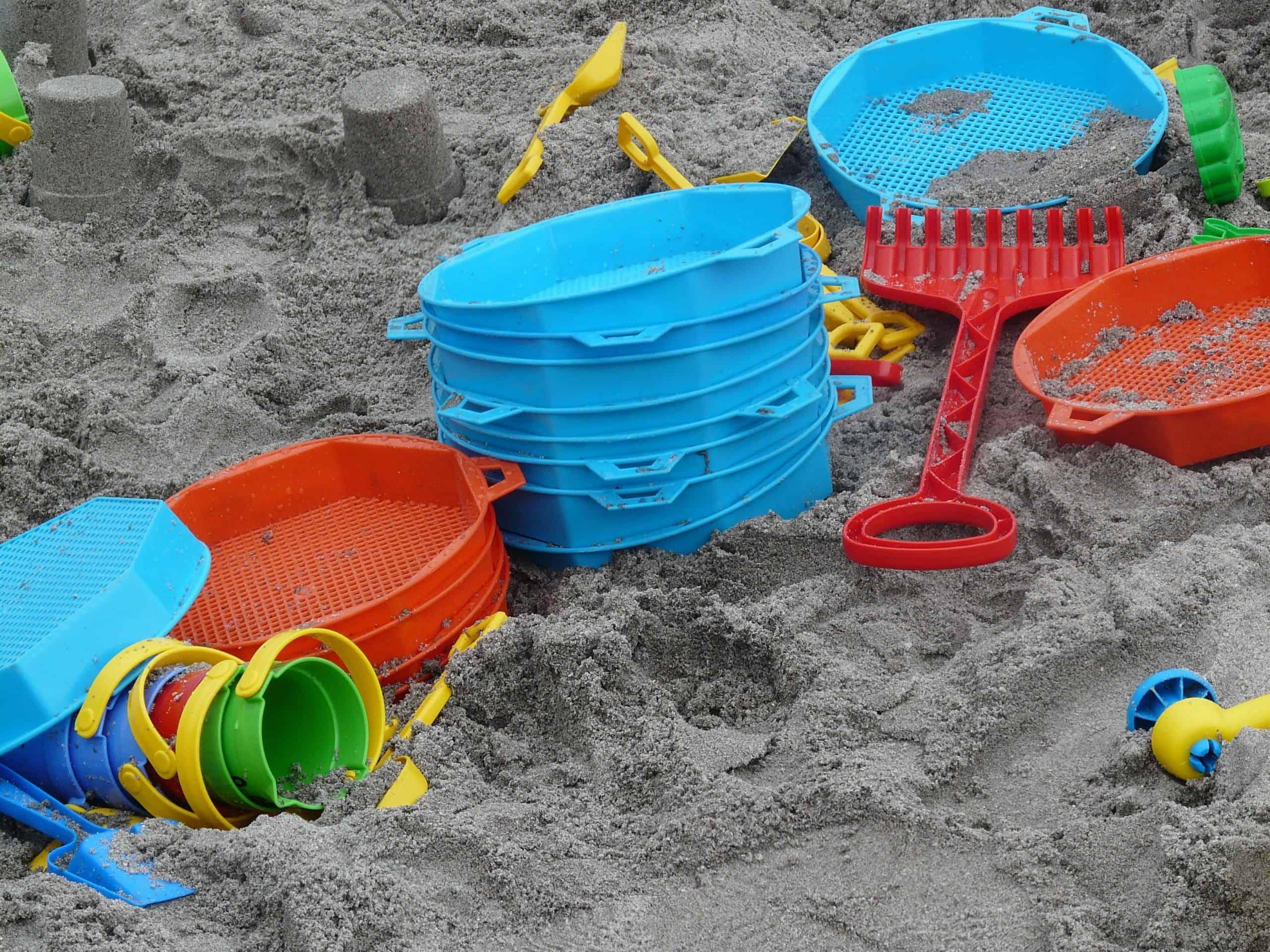 Organizing Toddler Toys: Outdoor/ Gardening Toys